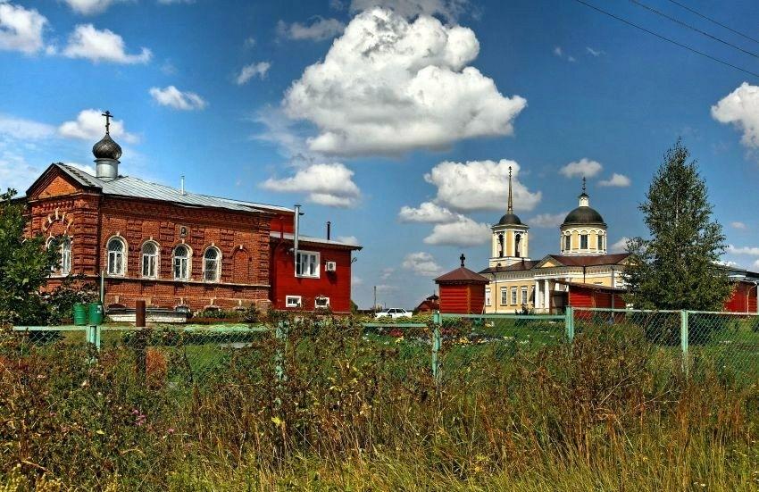 Покровский женский монастырь в Шаморге