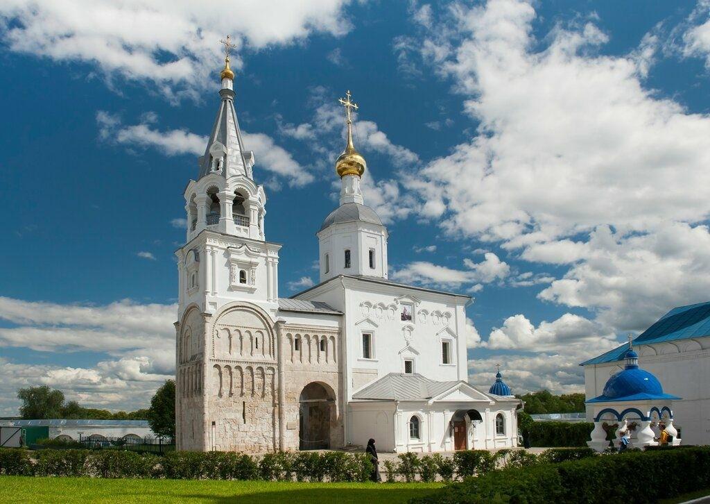 Собор Рождества Пресвятой Богородицы Боголюбского женского монастыря в Боголюбово