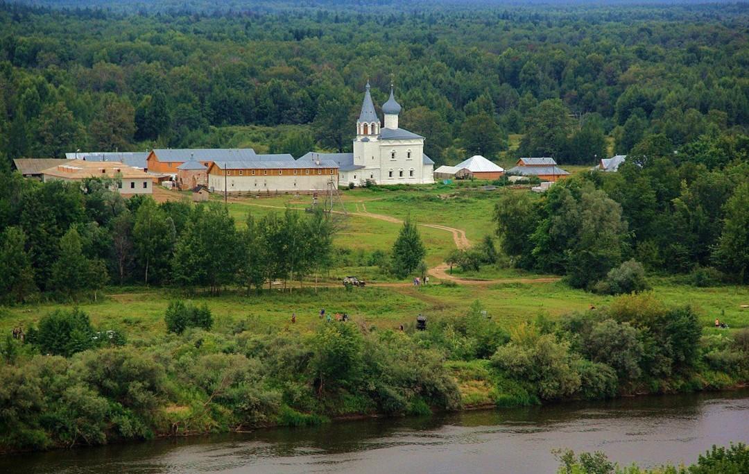 Знаменский Красногривский женский монастырь в Гороховце