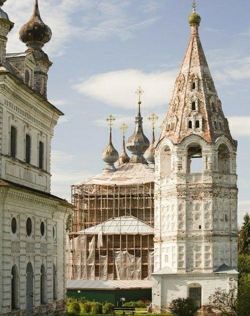 Колокольня Михайло-Архангельского монастыря в Юрьеве-Польском