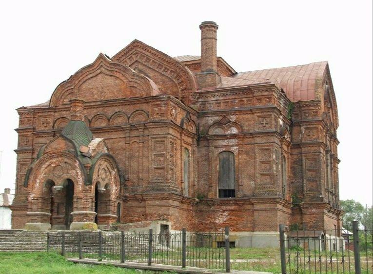 Собор Троицы Живоначальной Михайло-Архангельского монастыря в Юрьеве-Польском