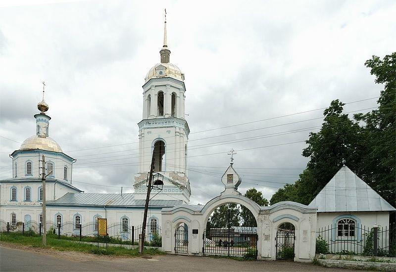 Церковь Благовещения Пресвятой Богородицы в Тумботино