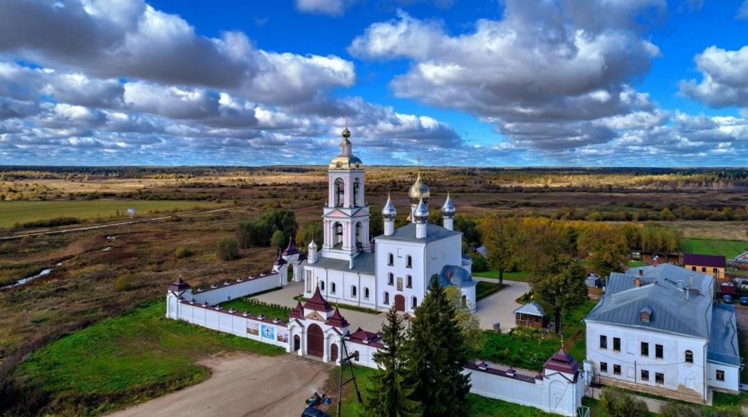 Церковь Воздвижения Креста Господня Мужского Монастыря Животворящего Креста Господня на Погосте Креста