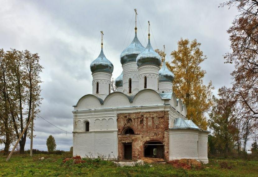 Собор Спаса Преображения Спасо-Преображенского Геннадиева монастыря в селе Слобода