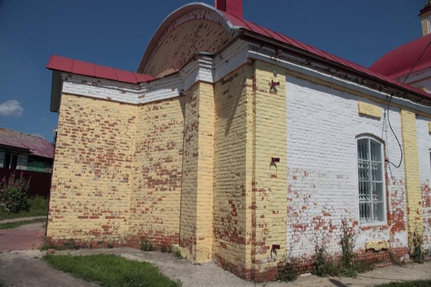 Храм святителя Афанасия и Кирилла Патриархов Александрийских в Болхове