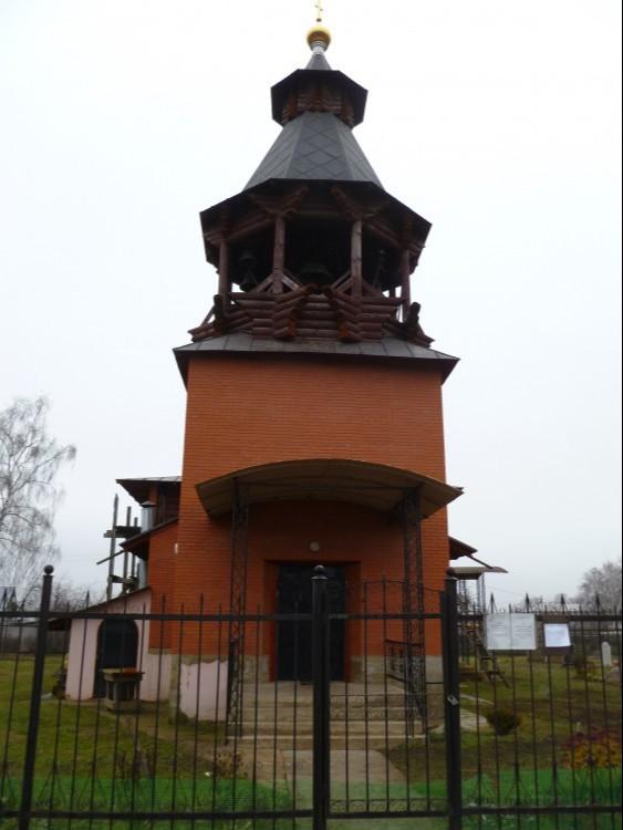 Храм Спаса Преображения в Калинино