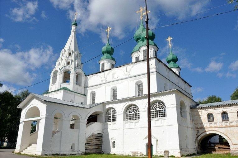 Михайло-Архангельский мужской монастырь в Великом Устюге