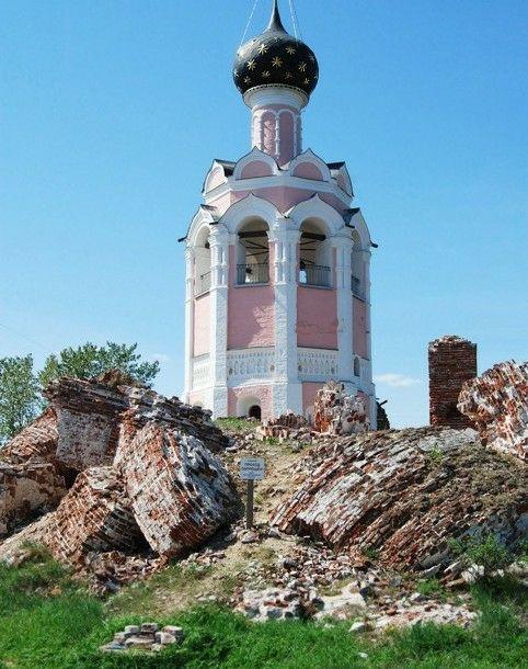 Церковь Успения Пресвятой Богородицы Спасо-Каменного монастыря на Каменном острове