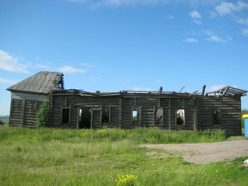 Церковь Троицы Живоначальной в Новом Иванцево