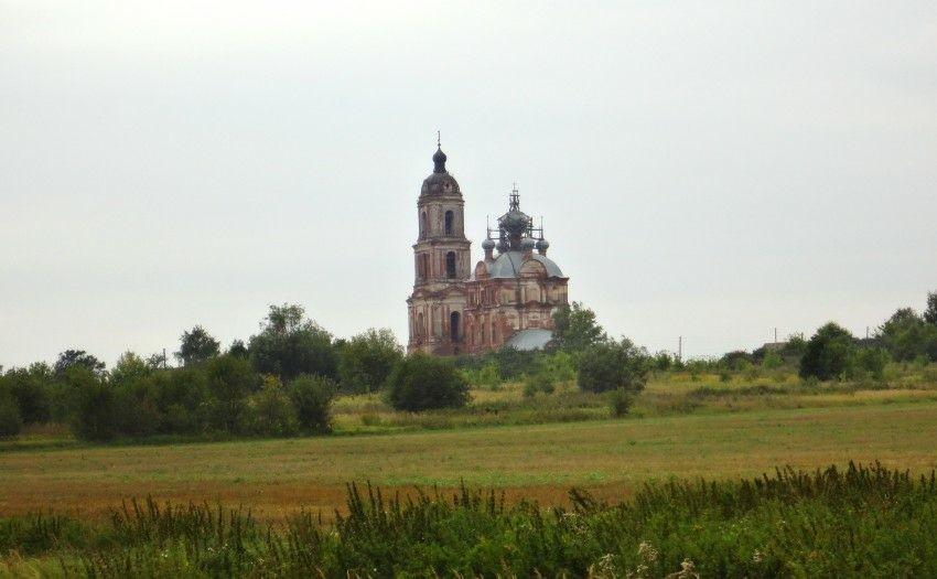 Церковь Михаила Архангела в Низовке