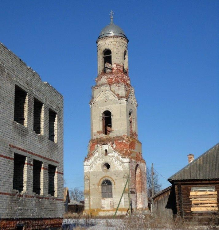 Колокольня церкви Казанской иконы Божией Матери в Суморьево