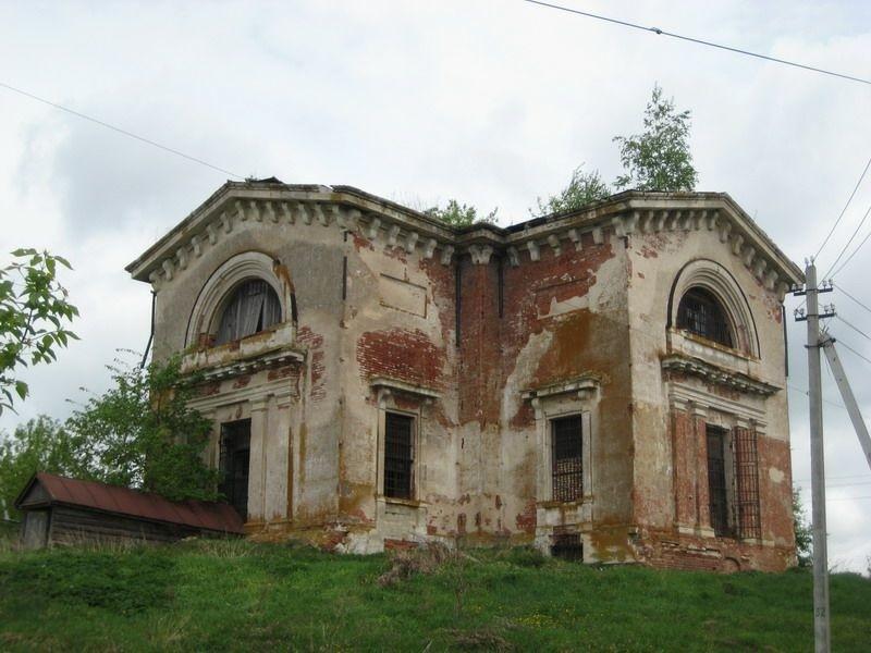 Церковь Воскресения Словущего в Больших Бакалдах