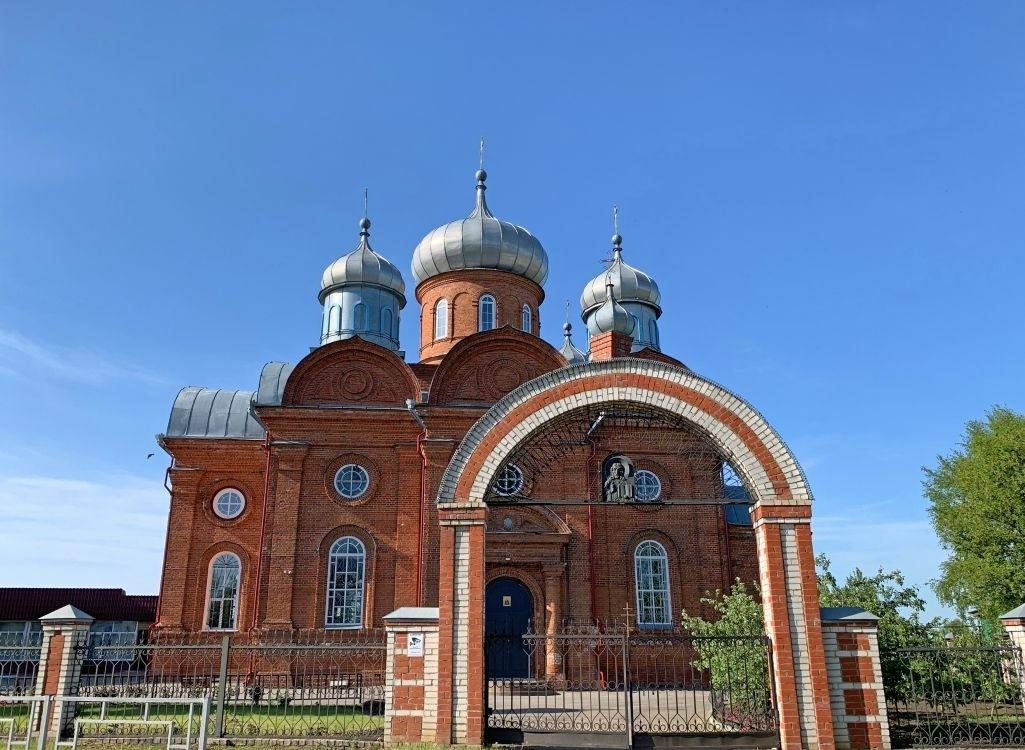 Церковь Воскресения Словущего в Водоватово