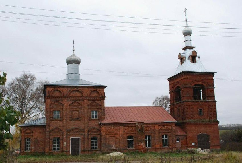 Церковь Введения во храм Пресвятой Богородицы в Суромне