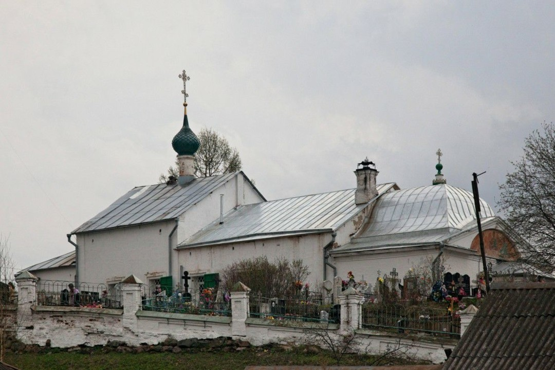 Церковь Троицы Живоначальной в Толгоболе