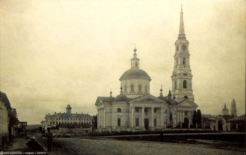 Собор Успения Пресвятой Богородицы в Рыльске