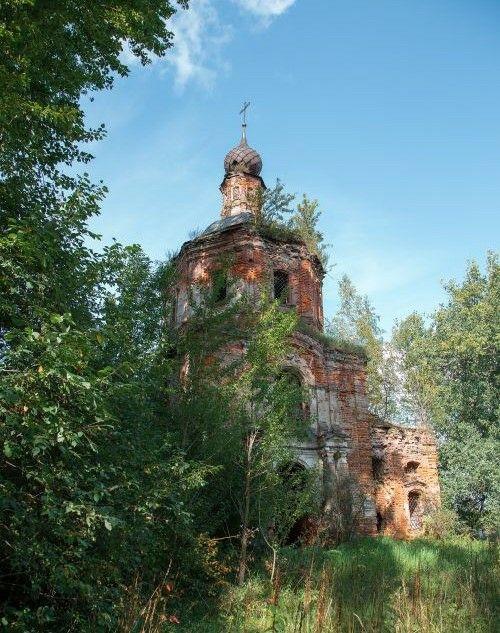 Церковь Тихвинской иконы Божией Матери в Тихвинском