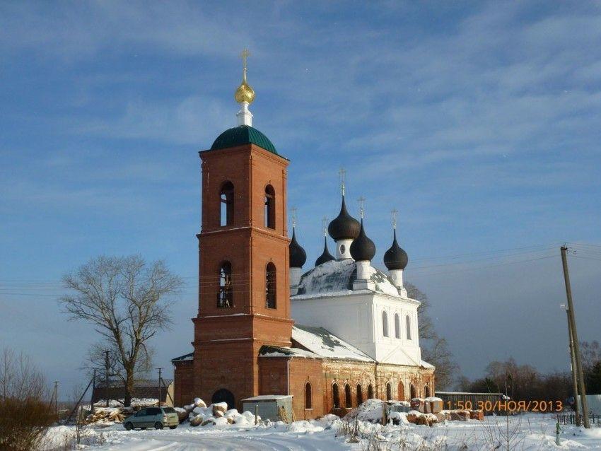 Церковь Илии Пророка в Васильково (Ярославская область)