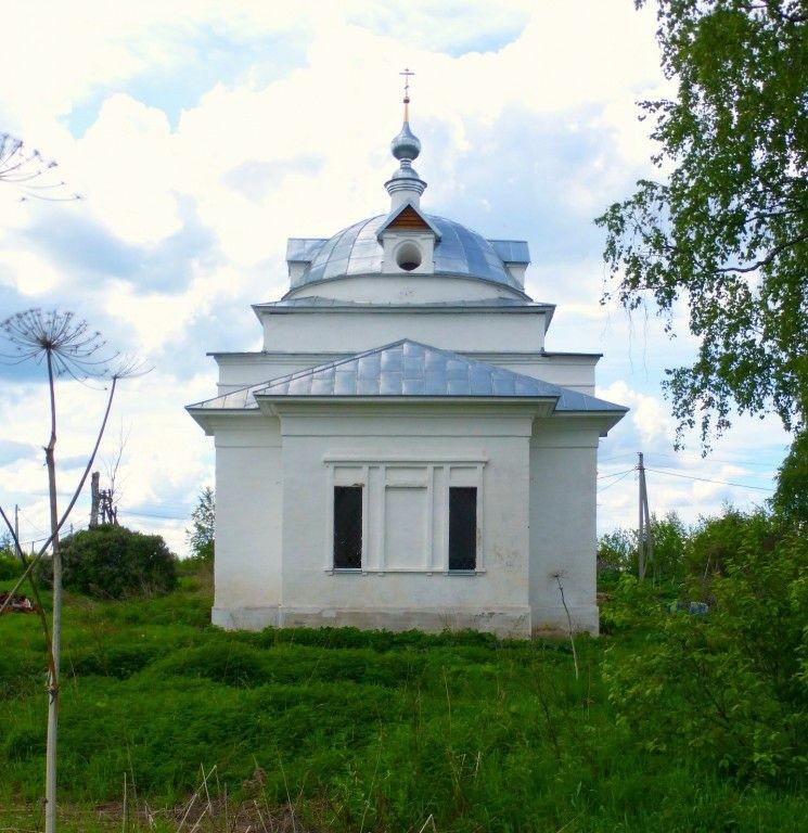 Церковь Покрова Пресвятой Богородицы в Малой Бремболе