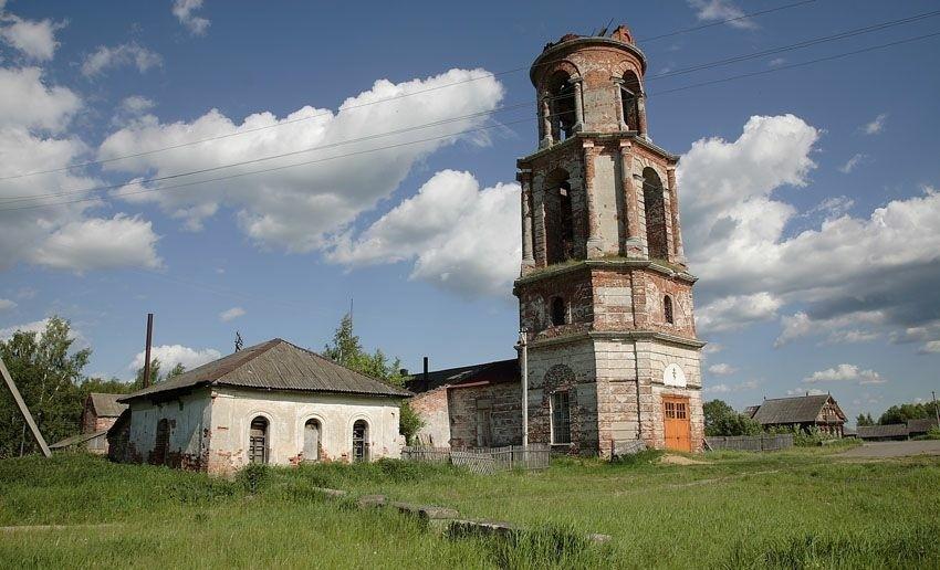 Церковь Рождества Христова в Рождествено (Мышкинский район)