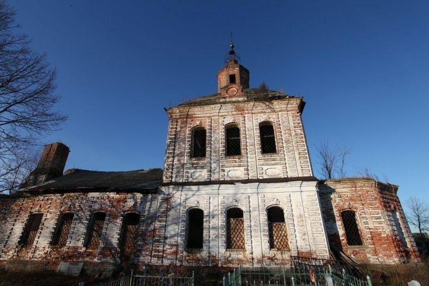 Церковь Иоанна Богослова в Гужово