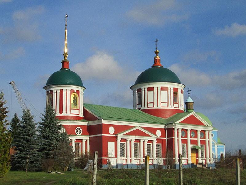 Храм Сошествия Святого Духа Казанской Богородицкой Площанской пустыни