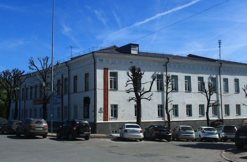 Домовая церковь Введения во храм Пресвятой Богородицы при бывшем Епархиальном женском училище в Ульяновске