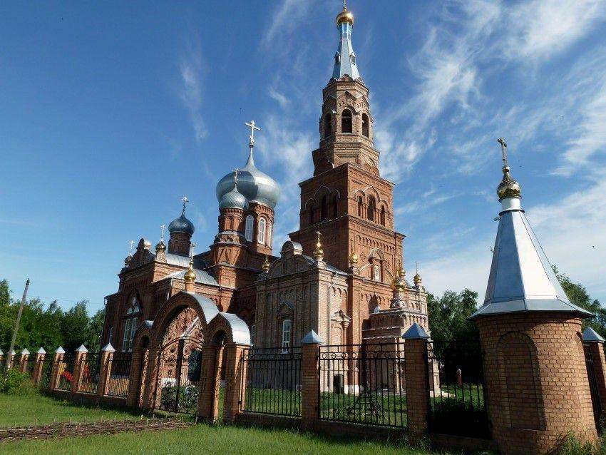 Церковь Михаила Архангела в Виловатом
