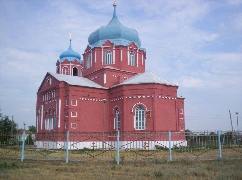 Церковь Михаила Архангела в Маянге