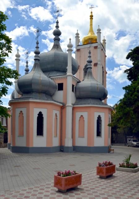 Церковь Иоанна Златоуста на Поликуровском холме в Ялте