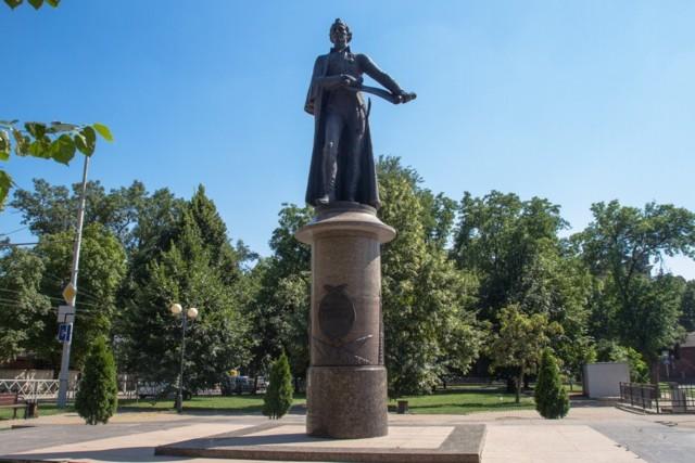 Памятник А.В. Суворову в Краснодаре