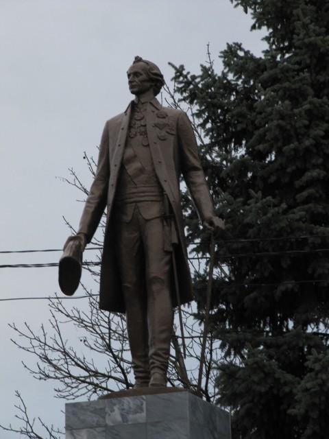 Памятник А.В. Суворову в Ленинградской