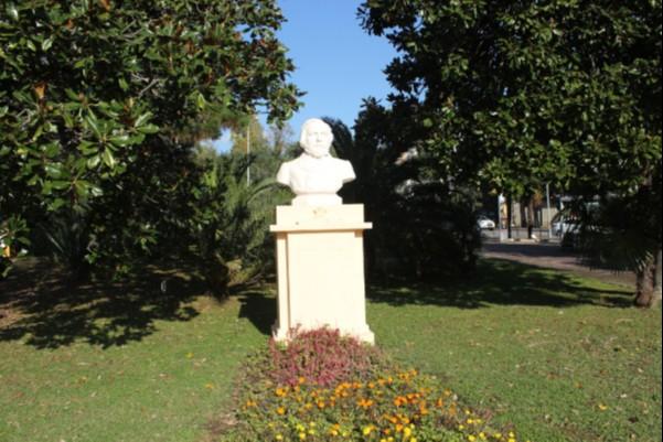 Памятник-бюст М.И.Глинки в Сочи
