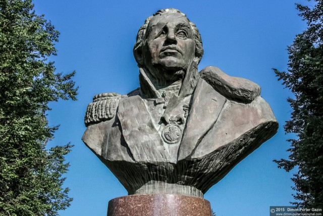Памятник М.И. Кутузову в Малоярославце
