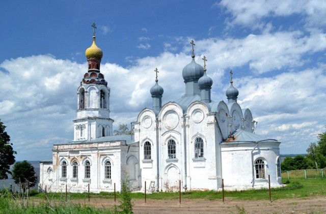 Церковь Троицы Живоначальной в Троицком Посаде