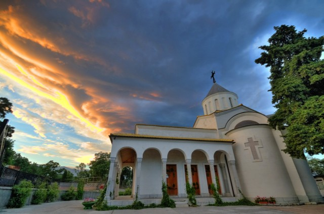 Церковь Покрова Пресвятой Богородицы в Нижней Ореанде