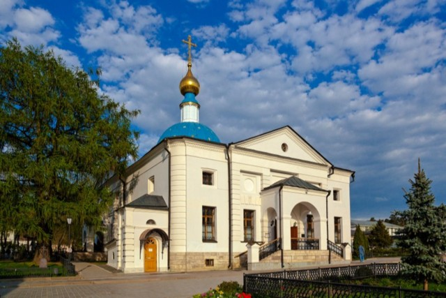 Храм Казанской Иконы Божией Матери Введенской Оптиной Пустыни