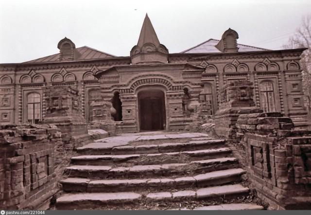 Дом С. В. Перлова в Казанской Амвросиевой пустыне в Шамордино