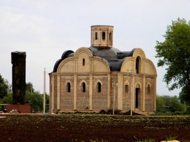 Храм Рождества Пресвятой Богородицы в Алексеевке