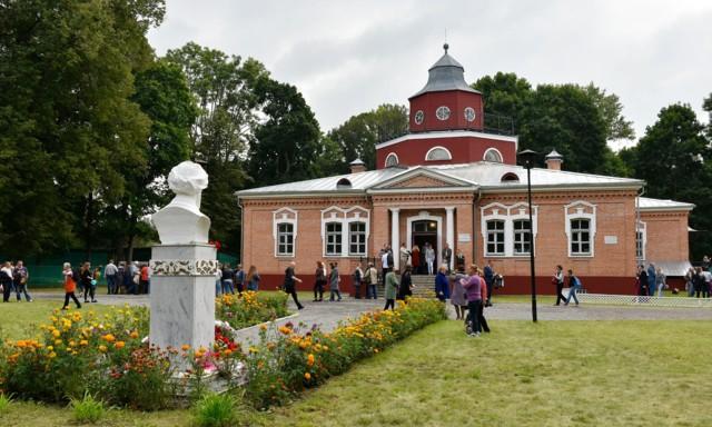 Литературно-мемориальный музей А.К. Толстого в селе Красный Рог