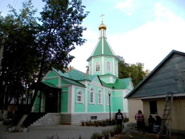 Храм преподобного Серафима Саровского Свято-Серафимо-Саровского монастыря