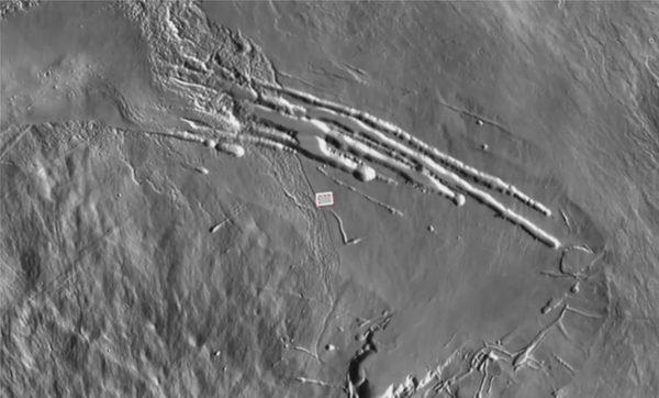 Цифровая модель местности Марса с отмеченным местом вулкана Pavonis Mons