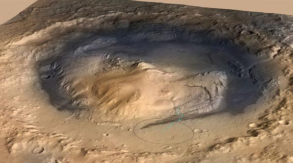 Гора Sharp в центре кратер Гейла также известный как Aeolis Mons