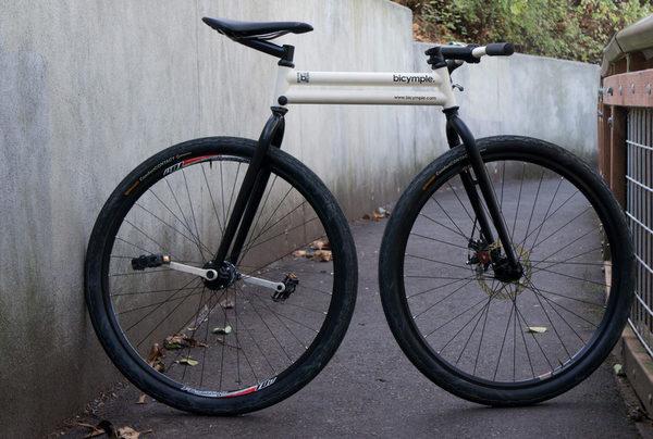 """Футуристический велосипед """"Bicymple"""""""