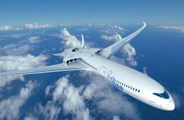 Рисунок самолета будущего E THRUST