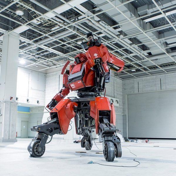 Kuratas боевой робот