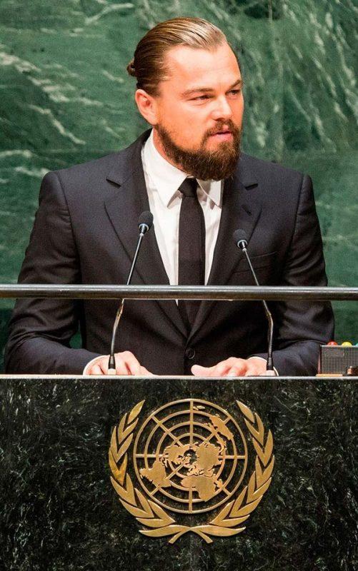 Леонардо-Ди-Каприо-выступает-на-климатическом-саммите-ООН-в-2014-году-в-Нью-Йорке.