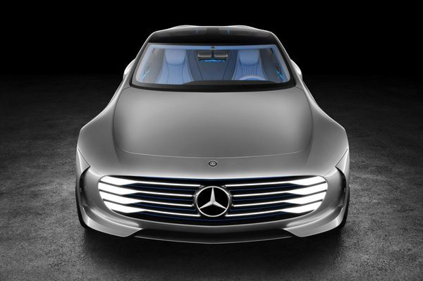 Новый Mercedes-Benz IAA (16)