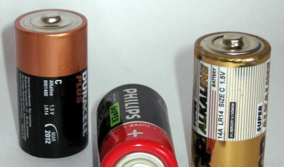 Российские инженеры добились увеличения энергоресурса батарейки