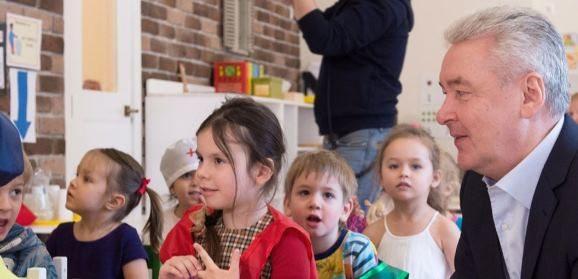 Сергей Собянин рассказал о грядущем повышении городского стандарта финансирования некоммерческих школ и детских садов